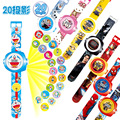 23 cm de Multi Estilo de Projeção Dos Desenhos Animados 3D Kitty Doraemon Brinquedo Do Carro Relógio Eletrônico Relógio de Projeção De 20 24 Imagens Avengers Spider Man relógio