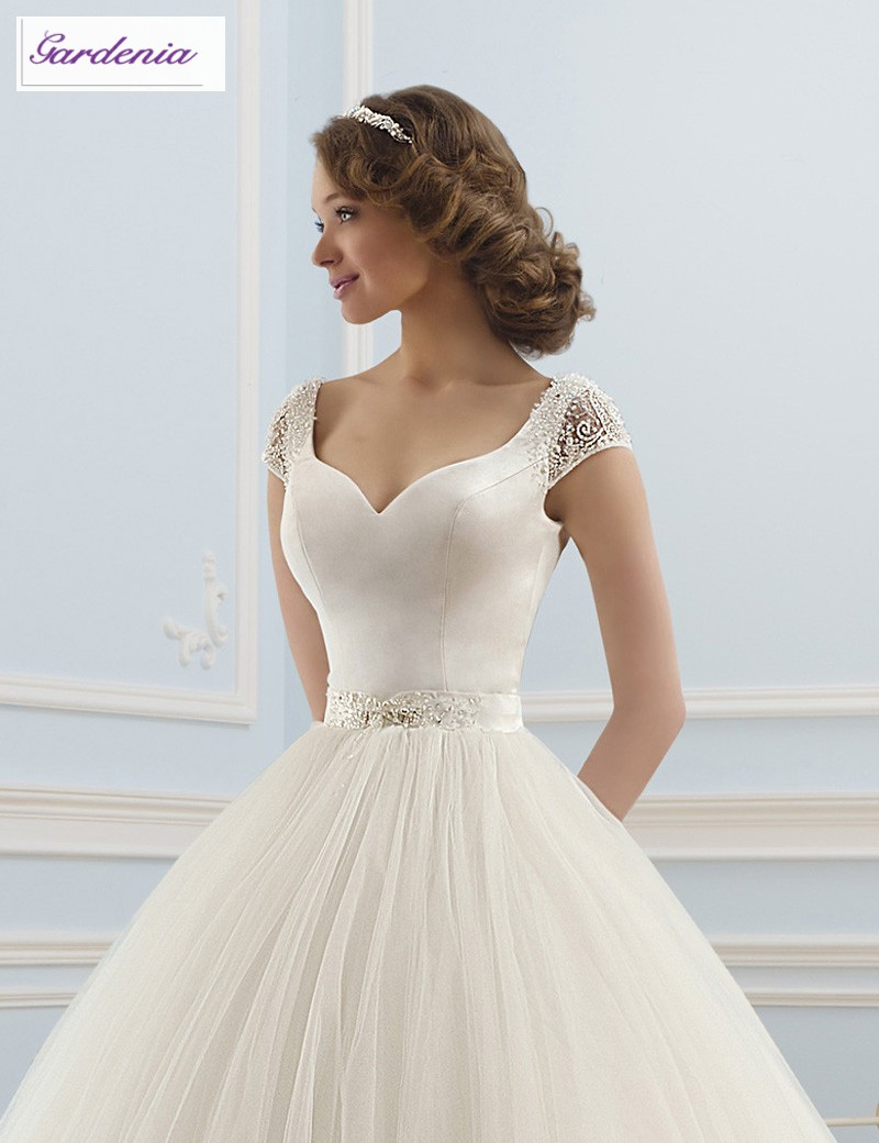 Princess Style Wedding Dress with Short Sleeves | Dress images