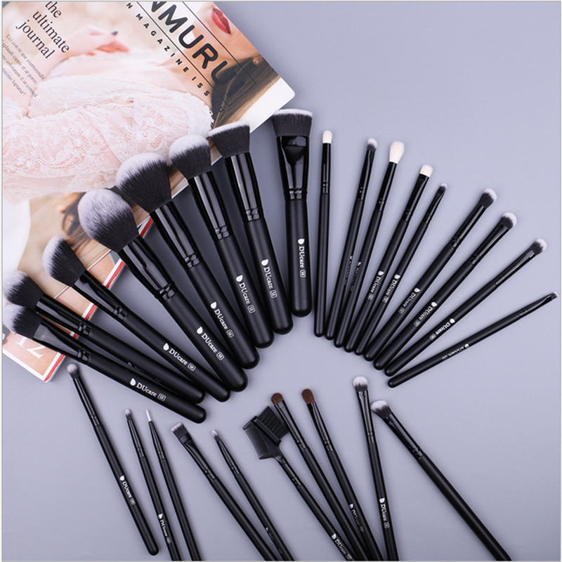 27Pcs/Set Beauty Makeup Brushes Set Cosmetic Foundation Powder Blush Eye Shadow Lip Blend Make Up Brush Tool Kit Maquiagem