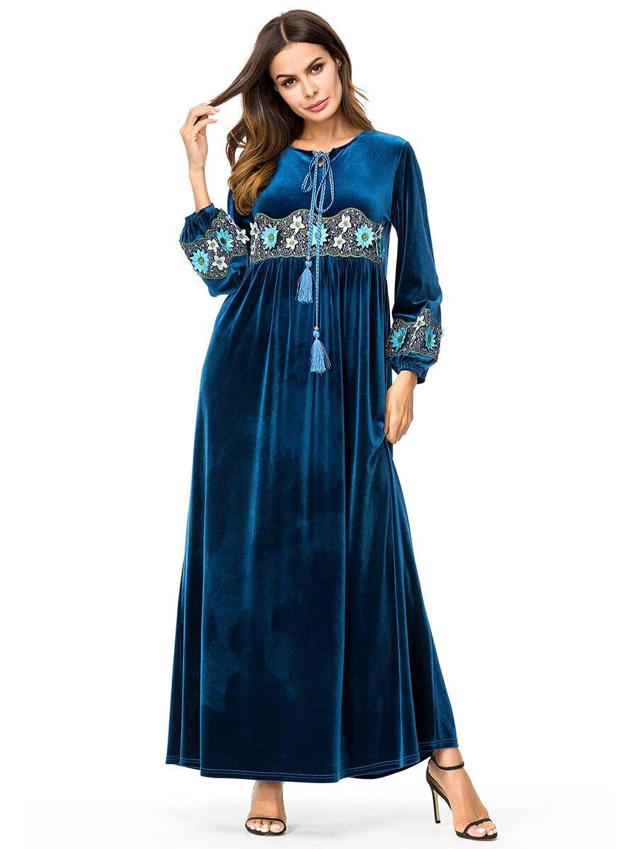 d239f402dc US $29.68 40% OFF|Elegant Chic Embroidery Velvet Muslim Swing Maxi Dress  Long Robe Gowns Urban Kimono Autumn Winter Ramadan Islamic Clothing-in ...