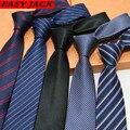 Bolo Para Hombres calientes Diseñadores 7 cm Lazo Masculino Jacquard Stripe Carrera Delgado Gravata Pajaritas Corbatas Corbata Para Hombre Ropa Accesorios