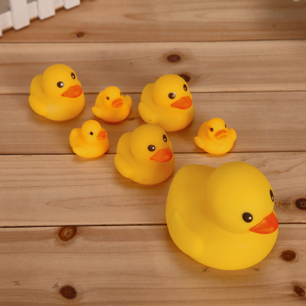 1pcs Big Duck Cute Baby rattle Bath toy Squeeze animal Rubber BB ...