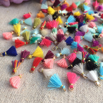 2PCS/lot Mini Tassels for blyth azone 1/6 BJD doll clothes DIY Accessories handmade 1cm Tassels for dolls