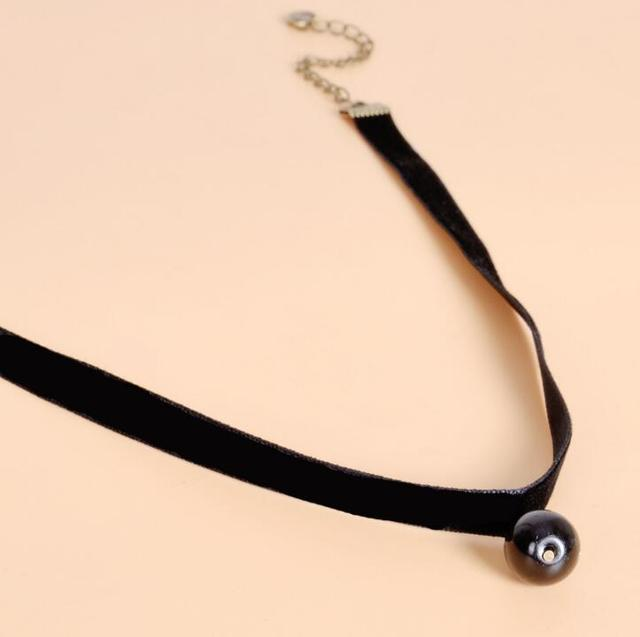 XIYANIKE 2016 New Hot Gothic Handmade Retro Velvet Cord Choker Charm Necklace for women Simple Rope Collier Bijoux N632
