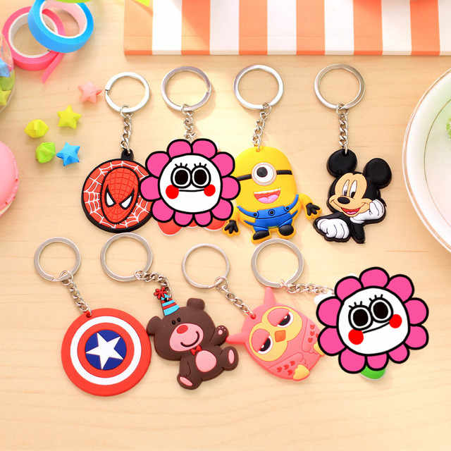 Baymax 1 PCS Animal Bonito Dos Desenhos Animados Mickey Minnie Spiderman Silicone Urso Acessórios Chave cadeias anel Chave Keychain Crianças Mochila