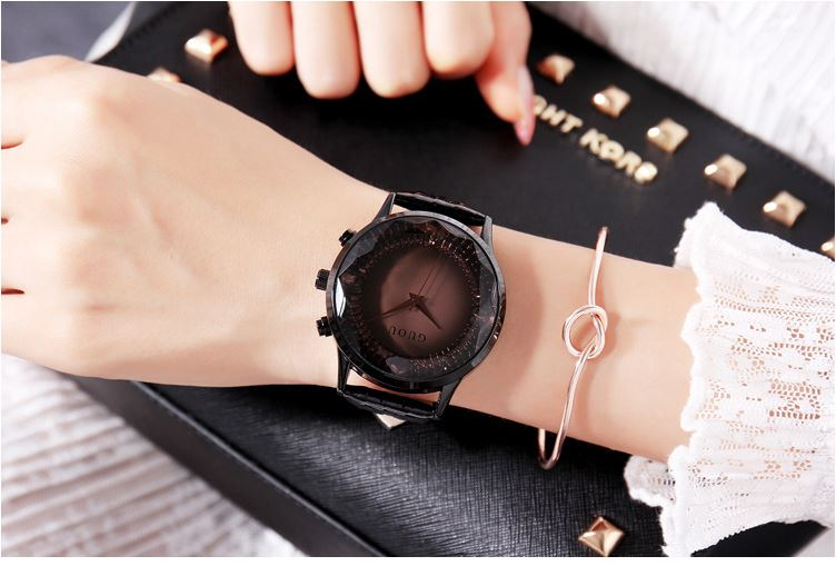Simple Diamond Dial Leather Ladies Watch
