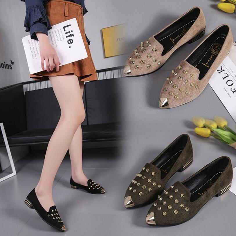 2018 Spring Fashion Zapatos Mujer Leather Slip On Rivet Flats Women Moccasins Casual Nubuck Woman Flats Shoes New B0033 vintage women flats summer new soft canvas embroidery shoes casual slip on bow dance flat sandals for woman zapatos mujer