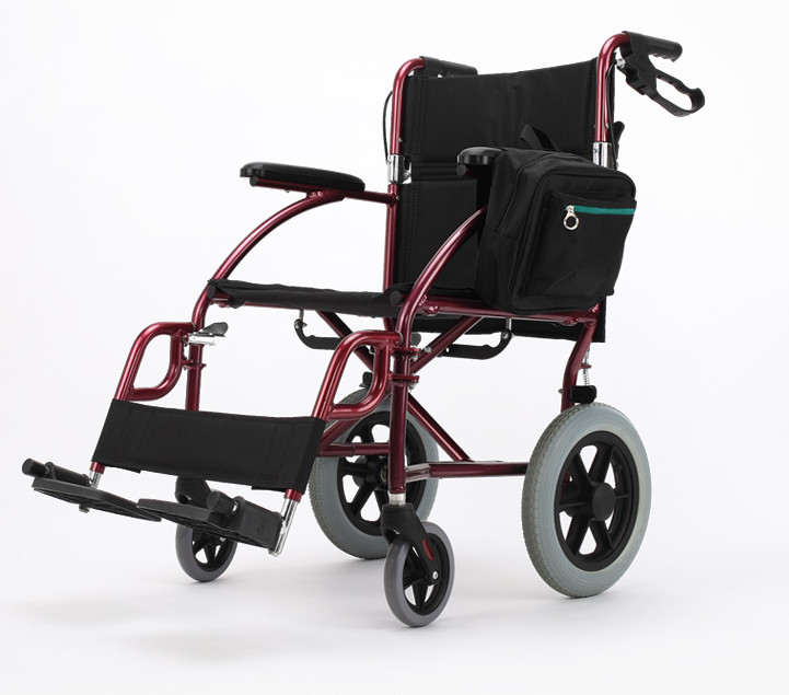 Cheap price folding lightweight manual wheelchair for handicapped and elderly outdoor folding power motorized handicapped electric wheelchair
