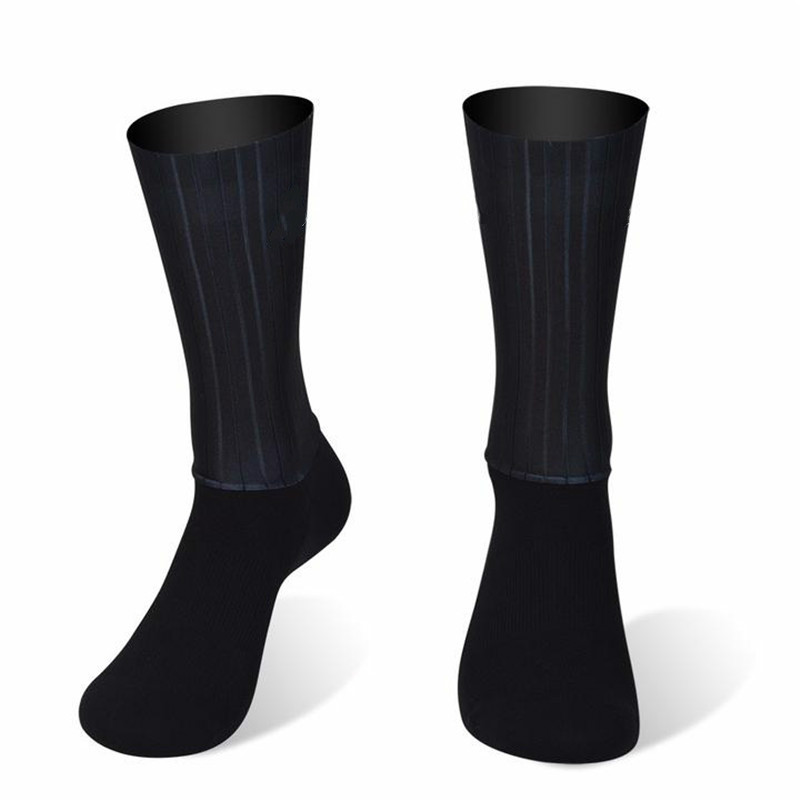 New Anti Slip Silicone Summer Aero Socks Whiteline Cycling Socks Men Bicycle Sport Running Bike Socks Calcetines Ciclismo