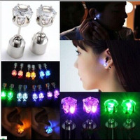 60pcs Unisex Led Light Up Earrings Ear Studs Xmas Gift Party HOT NEW Holiday Light Dance