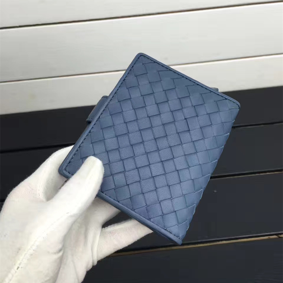 Купить с кэшбэком ISHARES High quality sheep leather handmade weave short wallets lady coin card purse fashion lambskin female mini wallets IS1306