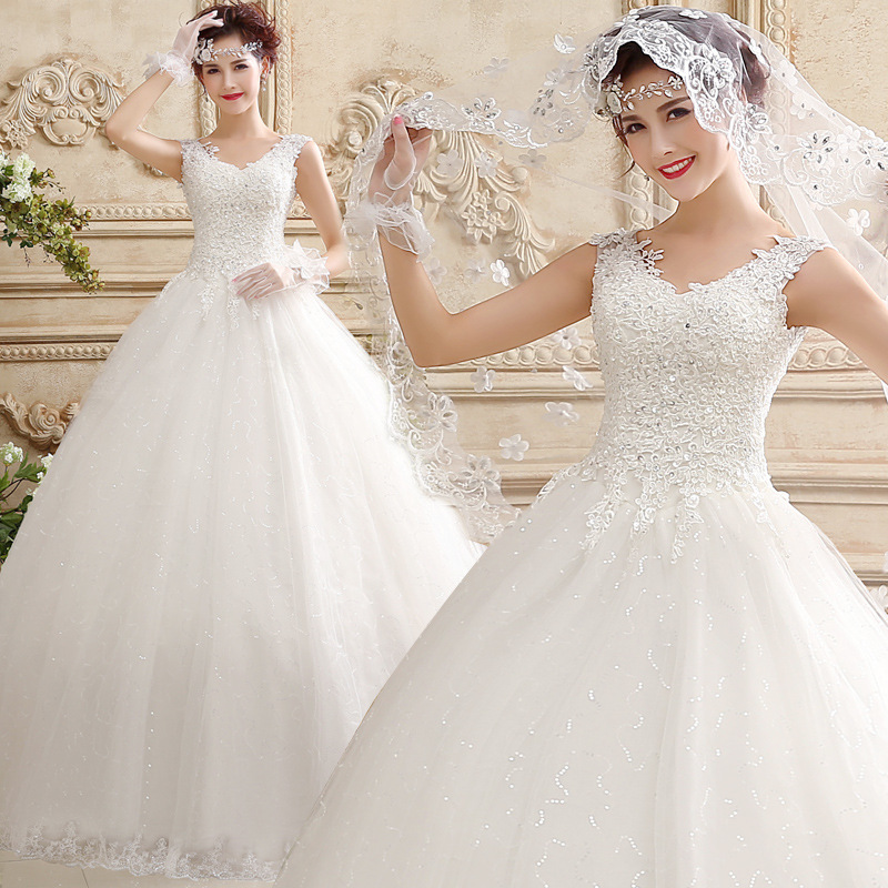 Real Maine Weddings 2017: Elegant Lace Wedding Gowns 2017 Real Photo Cap Sleeves V