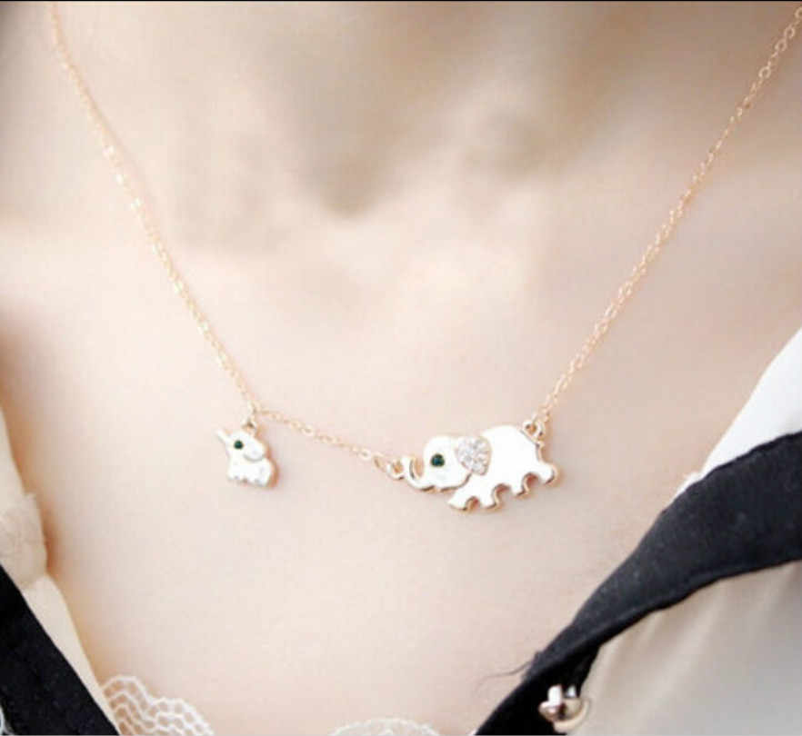 Bohemian Kristal Elemen Perhiasan Keluarga Ukuran 2 Gajah Kalung Fashion Perhiasan Wanita Kalung Menawan Kalung