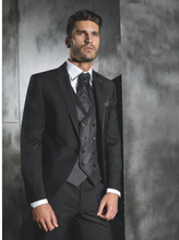 Men's party dress, 2017 black jacket, vest, men's suit, groom's dress, best man charcoal wedding, groom's suit jacket + pants +
