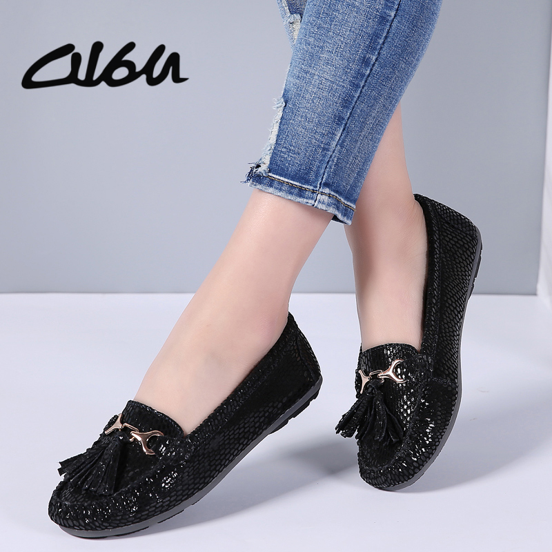 O16U Women ballet flats shoes Breathable Suede Leather suede slip-on Tassel Buckle Loafers Ladies moccasins Soft ballerina Gray