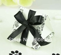 100pcs Paper Wedding Candy Box Wedding Party , Birthday Party Candy Boxes , Wedding Favor Box Christmas Decoration Black