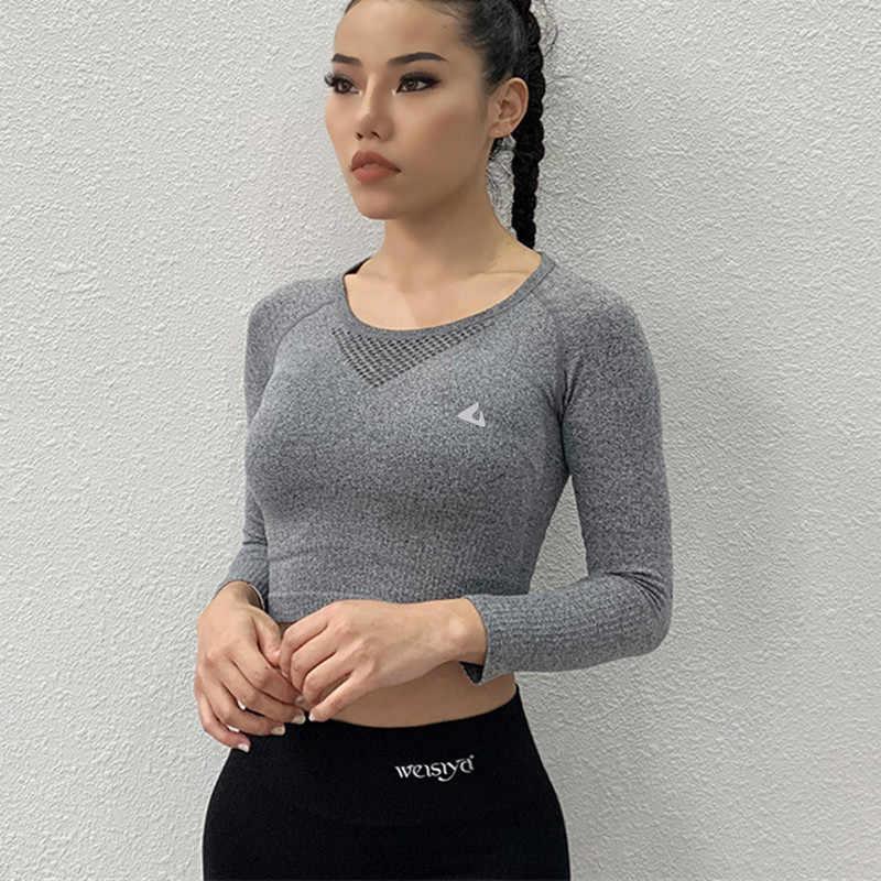 قمصان نسائية مثيرة من CretKoav قميص يوغا للصالة الرياضية بأكمام طويلة قمصان رياضية للركض قمصان رياضية شبكية تسمح بالتهوية ملابس رياضية للياقة البدنية