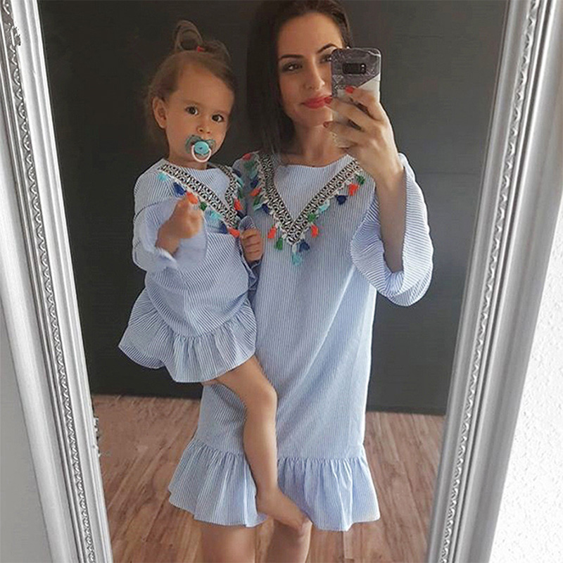 Summer Girls Tassel Flying Sleeve Dresses Casual Blue Stripe Daughter Mother O-Neck Tops Sundress Family Matching Clothes