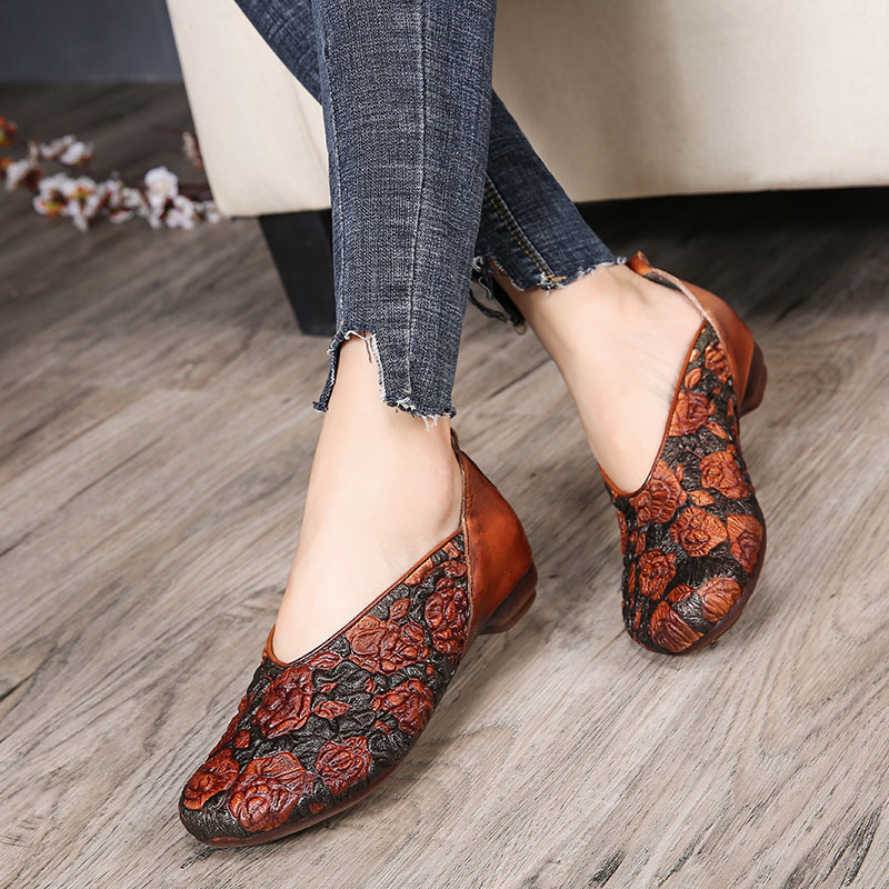 Tyawkiho Genuine Leather Women Flats Embroidery Yellow Loafers For Women 2018 Spring Flats Slip On Retro