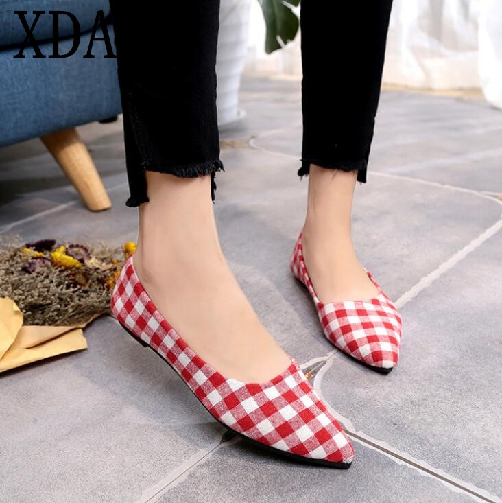 XDA Casual shoes 2018 spring summer flats cozy pointed toe women shoes Fashion ladies Ballet dancing shoes plus size 40 F175
