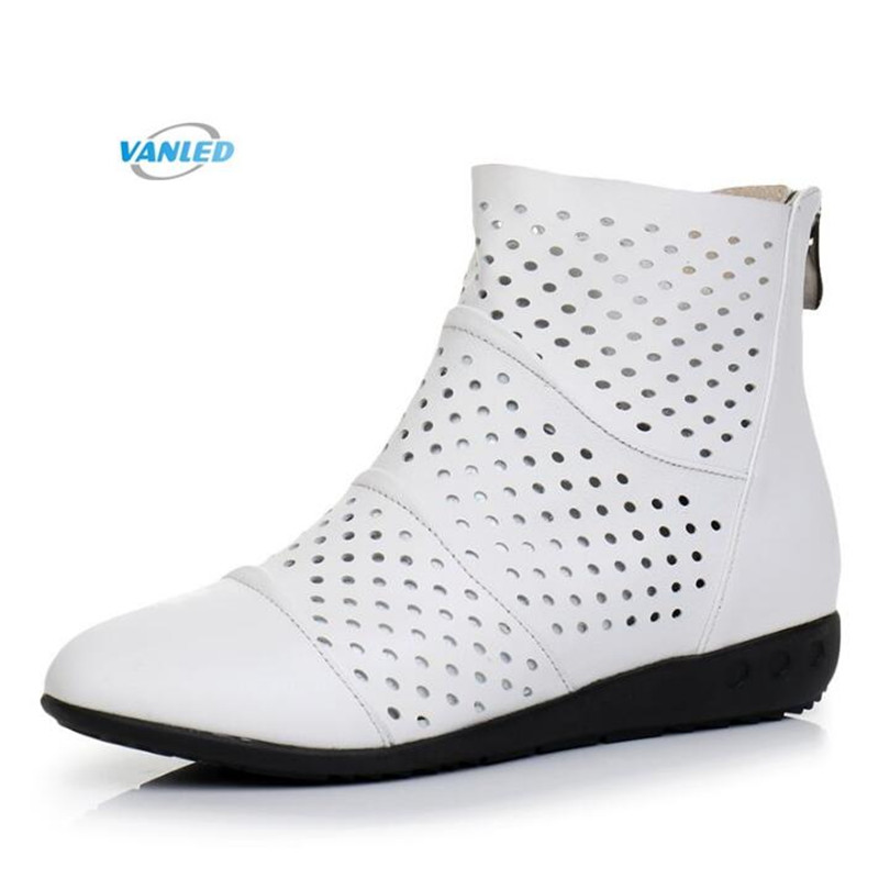 Light Comfortable Hollow Cowhide Leather Boots Women Shoes 2018 Spring and Summer Soft Bottom Breathable Flat Shoes Women Boots dichotomanthes end wushu shoes for men and women section is better than soft cowhide leather shoes practicing taijiquan