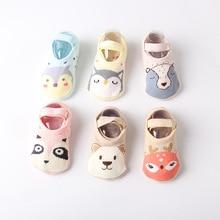 Носки для малышей 0-4 лет, Нескользящие хлопковые махровые носки с мультипликационным принтом для новорожденных, Осень-зима, нескользящие носки, популярные носки для малышей