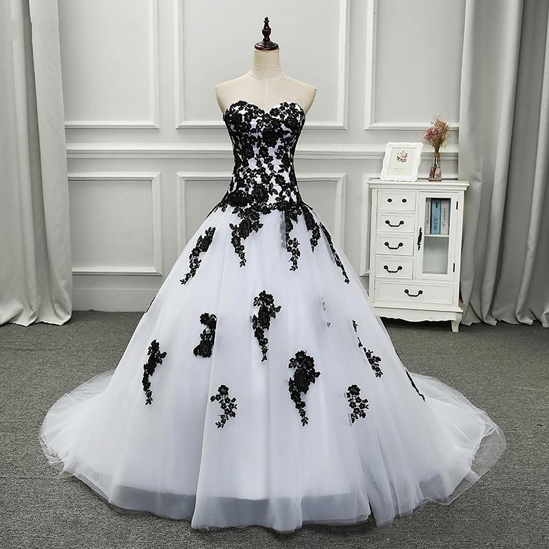 White And Black Ball Gown Gothic Wedding Dress 2018 Sweetheart Dropped Waist Women Vintage Non White Bridal Gown