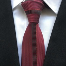 Lingyao New Arrival Designer Ties Panel Skinny Necktie Red with Vertical Stripe Cravates to match Shirt
