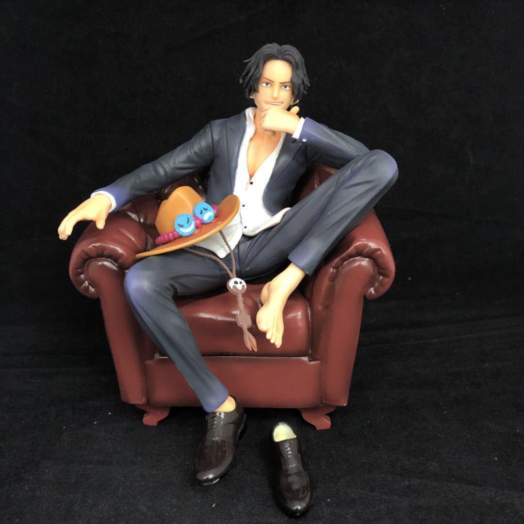 17CM pvc Japanese anime figure ONE PIECE Portgas D Ace suit sofa sitting posture action figure collectible model toy new hot christmas gift 21inch 52cm bearbrick be rbrick fashion toy pvc action figure collectible model toy decoration