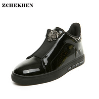 Europe Fashion Men High Top Rivet Men Breathable Shoes With PP Tiger And Gold Buckle Men