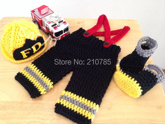 Free shipping Newborn firefighters Costume Photography Prop Crochet boys Hat+boots+ black Overall Suspenders Pants 3pcs set newborn photography prop crochet mermaid costume set