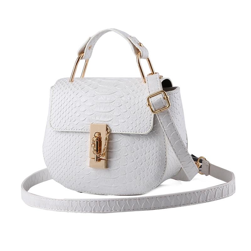 Messenger packet 2016 new bag lady Korean small Crossbody Bag fashion fresh pig Shoulder Handbag perfect 2016 new bag ladies korean ribbon fashion crossbody shoulder handbag free shipping