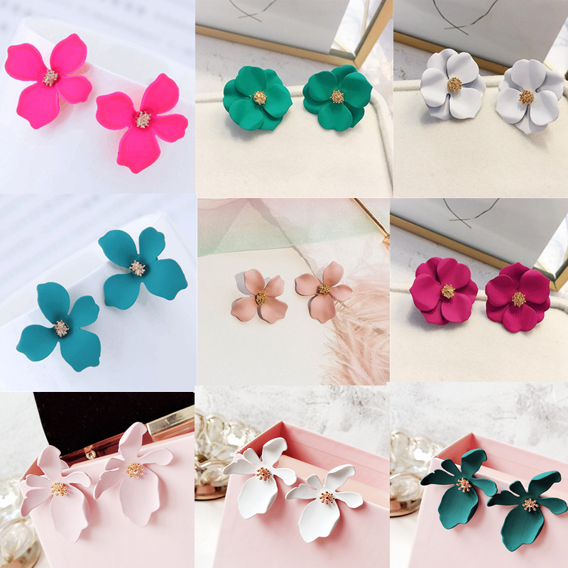Ufavoirte New Korean Sweet Personality Simple Painting Flower Petal Small Irregular Metal Stud Earrings For Woman Girl Gift