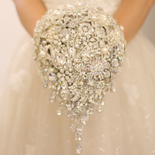 Silver brooch bouquet high-end custom wedding bridal bouquets crystal diamond teardrop style Bride 's Bouquet wedding decoration