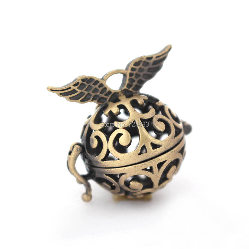 Vintage Filigree Flower Hollow Ball Angel Wings Cage Locket Pendants For Essential Oil Diffuser Perfume Chime Bronze tone