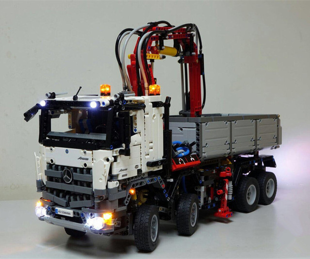 LED light up kit (only light included) for lego 42043 Compatible with technic series the Arocs 3245 truck