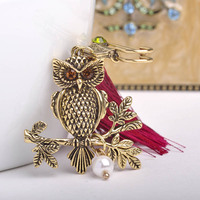 Red Tassel Pendant Retro Owl Design Brooches Antique Gold Silver Plated Sweater Charm Clothing Accessories New