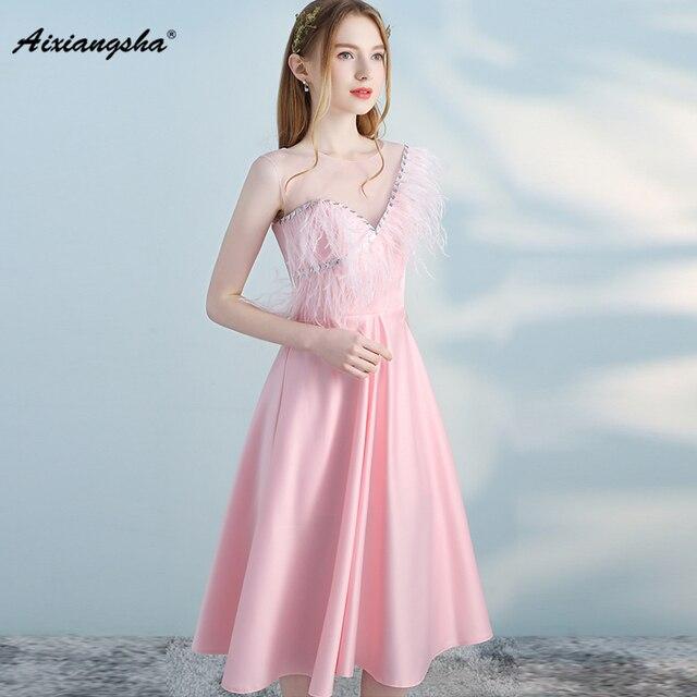 f3b72135b48 Feathers Crystal Prom Dresses 2018 vestido de festa Wedding Guest Dress  Elegant Prom Dress vestidos Pink