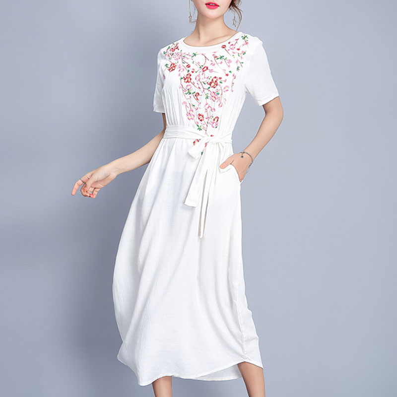 2017 Summer Cute Women White Cotton And Linen Embroidery