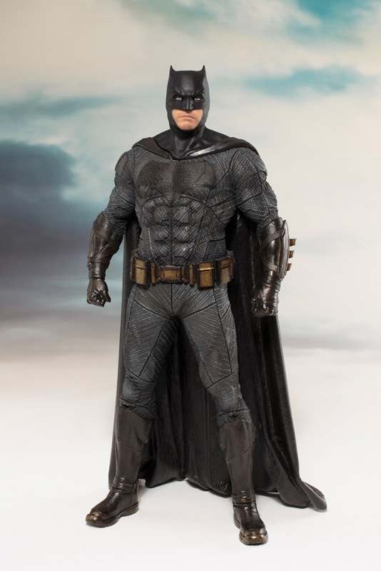 ARTFX + STATUE Justice League Batman 1/10 Scale DC Super Hero Bat Man Figure Collectible Model Toy 18cm batman figure justice league artfx statue x men weapon x iron man bruce wayne action figure model collection toy