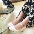 2017 Весна Осень Женщины туфли на Высоком каблуке Корейский стиль Квадратных ног Мода Повседневная Ню обувь Черного и Белого цвета