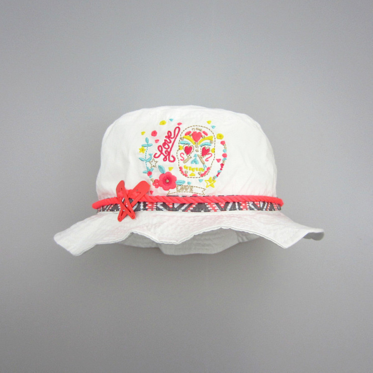 c67c8db5a32 Baby Girls Sun Hats Summer Vacation Baby Bucket Hat Cotton Floral  Embroidery Girls Pokemon Cap UPF 50+ Newborn Photography-in Hats   Caps  from Mother   Kids ...