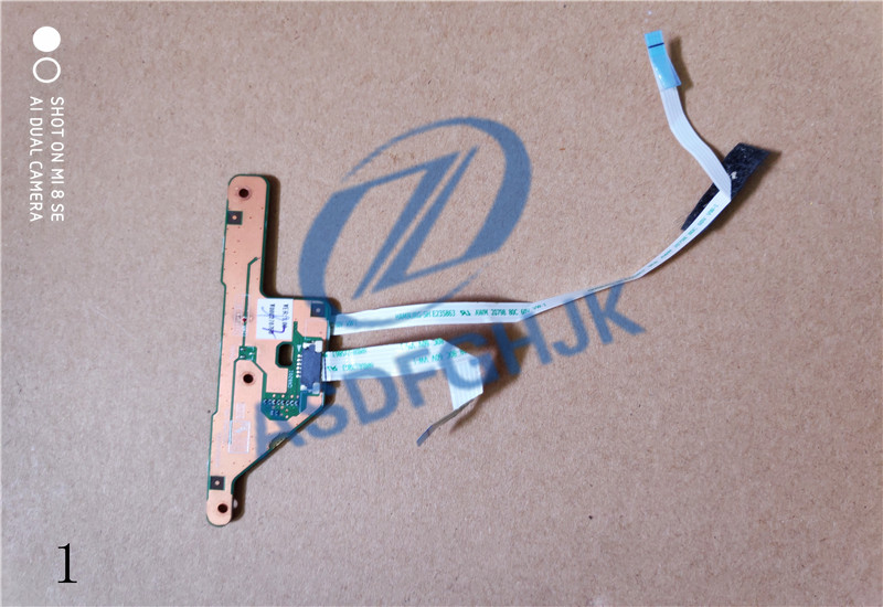 V000270960 For Toshiba Satellite C850-ST2N03 Mouse Button Board w/Cable 6050A2497001 image