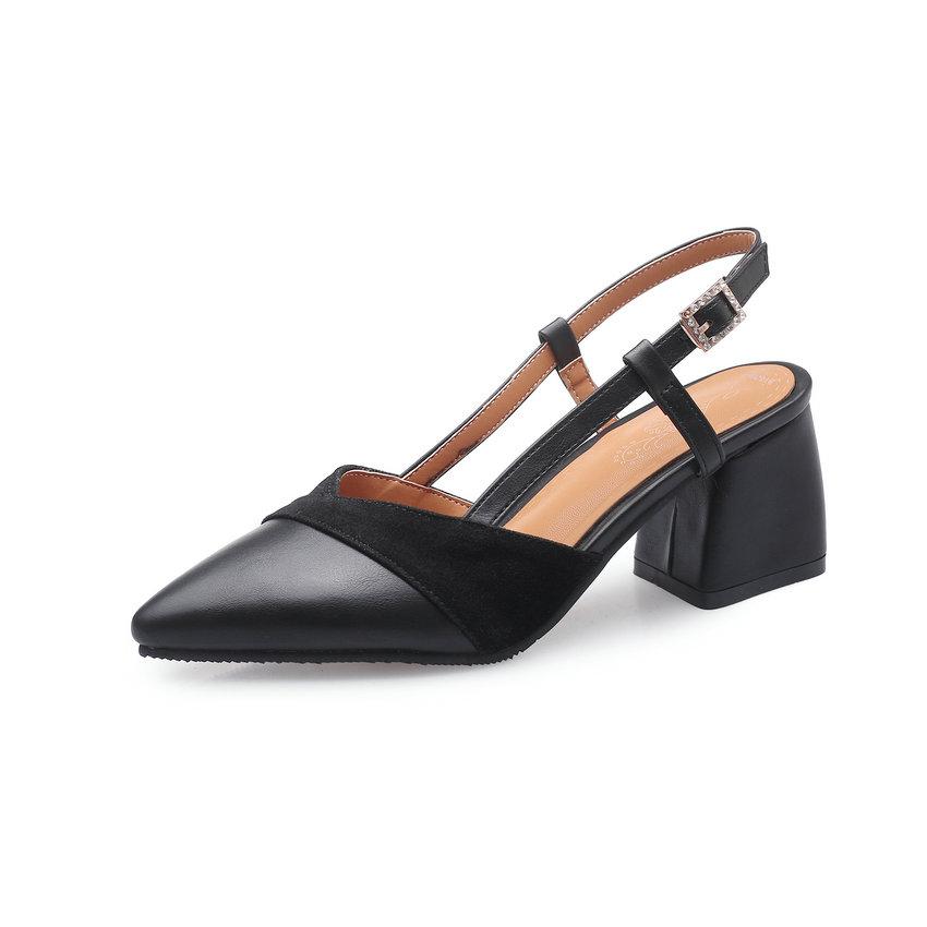 الأحذية اصبع في الكعب 9