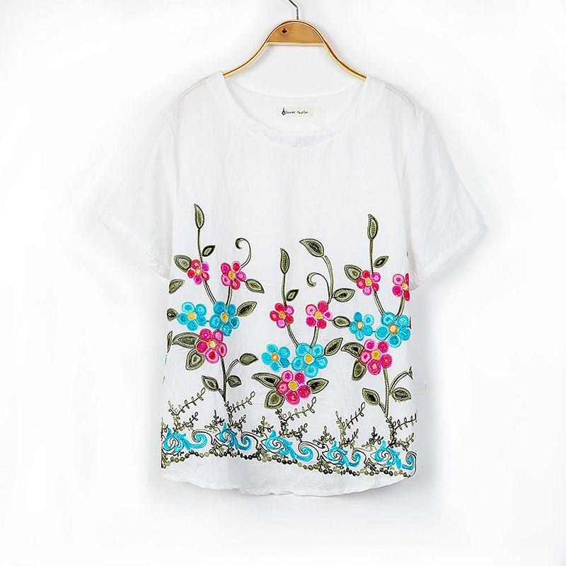 2018 Summer Short Sleeve Embroidery T shirt Woman O-Neck Loose Chinese Folk Style T Shirts Female Floral Cotton New crop Tops