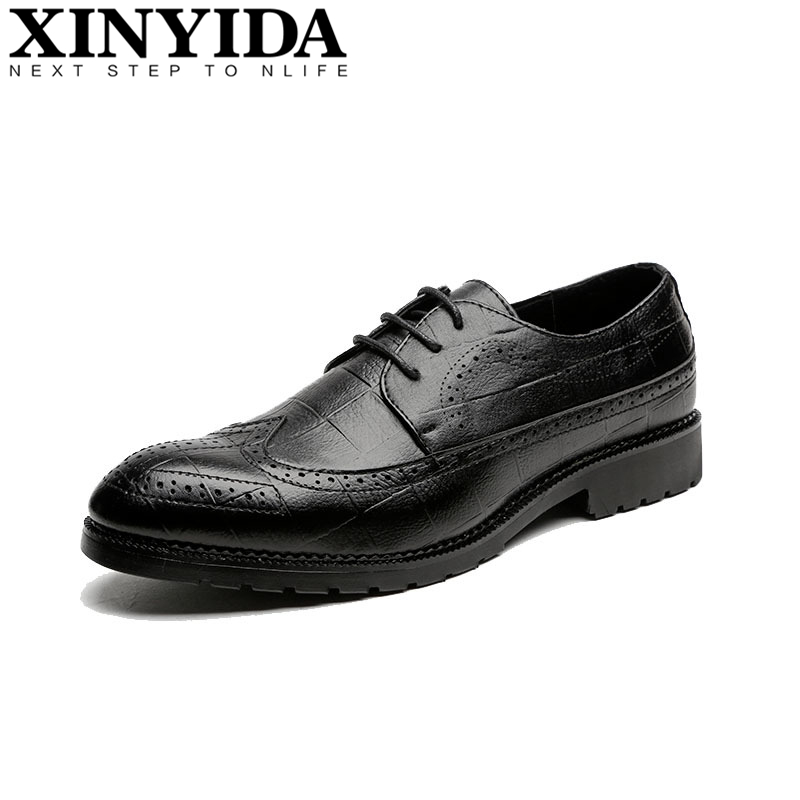 Fashion Men Brogue Shoes Lace-up Bullock Carved Pointed Toe Business Causal Leather Shoes Italian Spiked Zapatos Plus Size 37-48