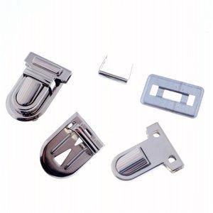 Image 2 - Kostenloser Versand 10 Sets Silber Ton Antiken Bronze Handtasche Tasche Zubehör Geldbörse Snap Verschlüsse/Verschluss Lock 22mm x 34mm