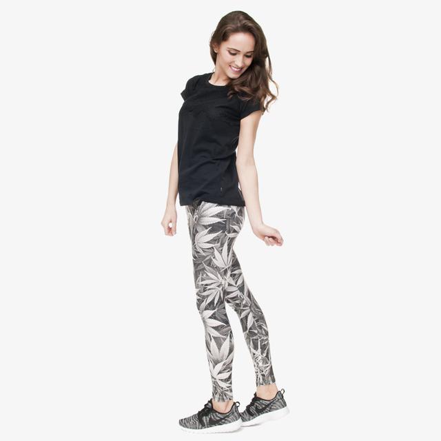 New Fashion Grey Leaf Weed  Leggings Digital 3D Leaf Printing Women Gray Leggings For Fashion Dress