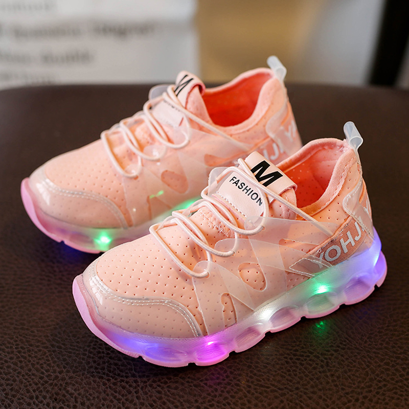 Glowing-Sneakers-Kids-Shoes-Luminous-fashion-trends-casual-2017-Autumn-LED-light-luminous-shoes-for-boys-girls-tenis-led-infant-2