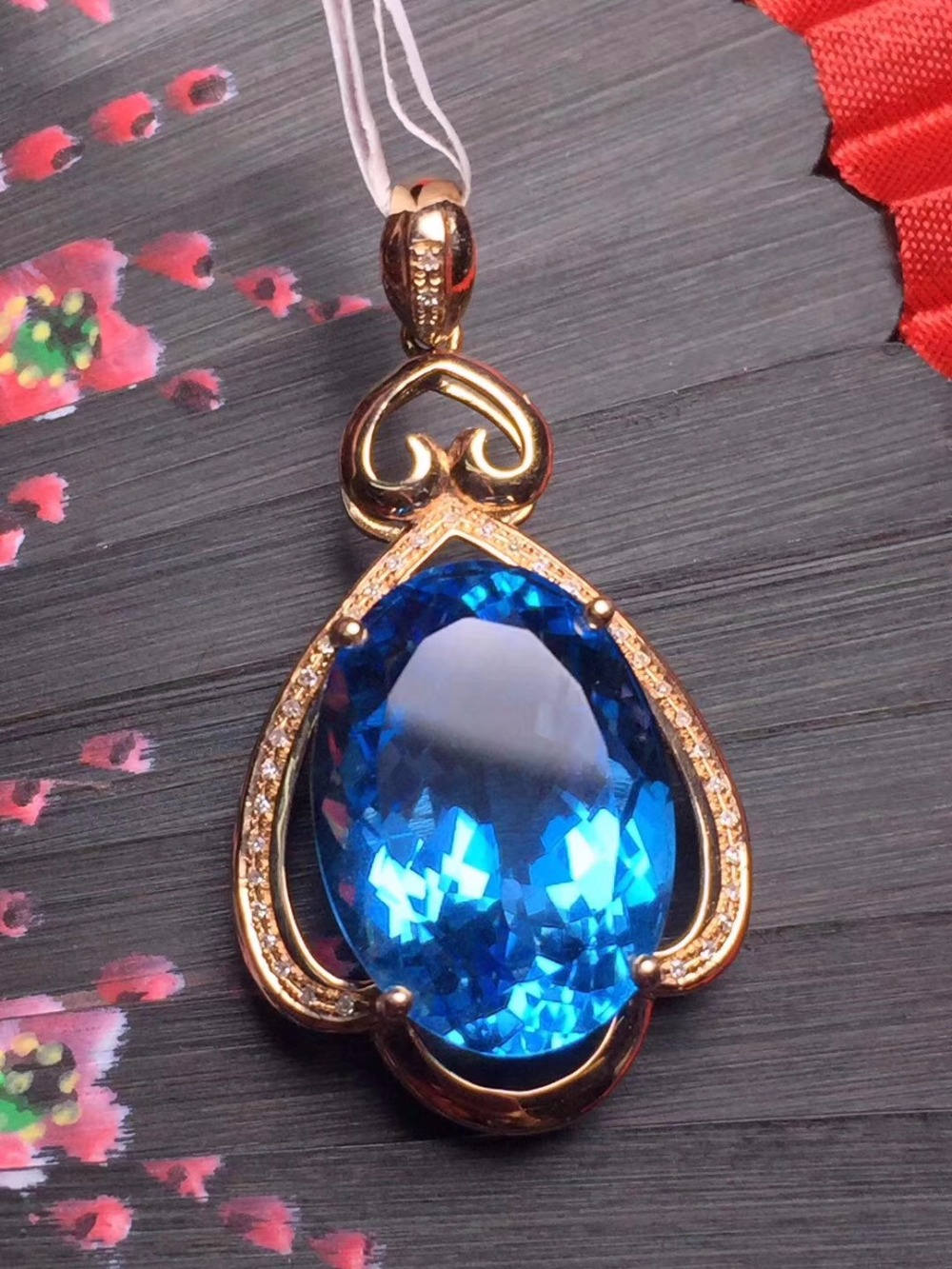 Fine Jewelry Customized Collection Real 18K White Gold 100% Natural Blue Topaz Gemstone Pendant Necklace For Women FIne pendants